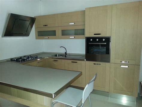 cucina legno chiaro cucina legno chiaro great colony with cucina legno chiaro