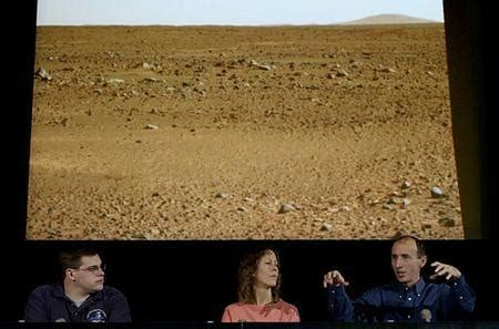 what color is the sky really new images from spirit landing site