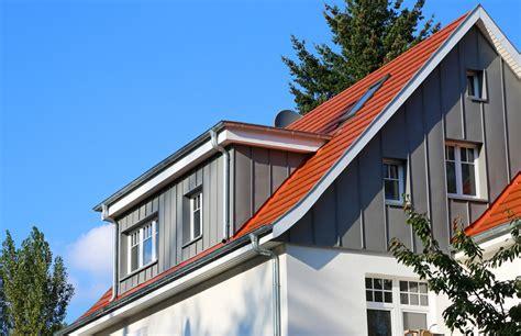 haus mit gaube gaube dachfenster zimmerei port buchloe honsolgen