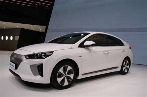 Kw Hyundai Hyundai Ioniq Electric Compatible With 100 Kw Ccs Push Evs