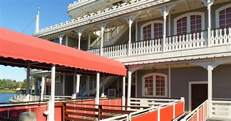 fulton s crab house