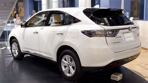 lexus harrier 2013 file 2013 toyota harrier 02 jpg wikimedia commons