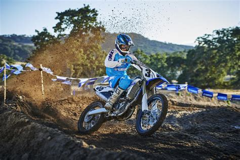 on road motocross bikes yamaha intros 2016 mx and road bikes racer x