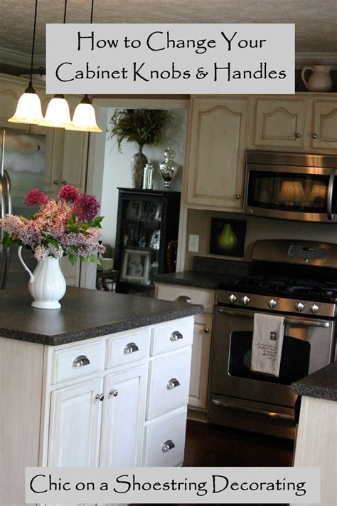 pictures of kitchen cabinets with knobs chic on a shoestring decorating how to change your