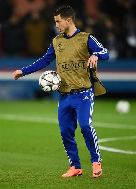 uefa chions league eden hazard uefa com eden hazard photos photos paris saint germain v chelsea