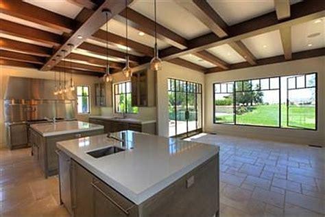 Kourtney Kitchen by Report Kourtney Buys Home Near Justin Bieber