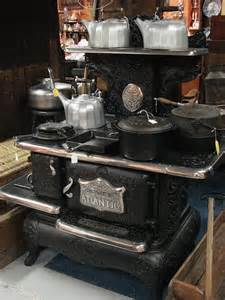 Aunt cooked on this stove her entire marriage used wood as fuel