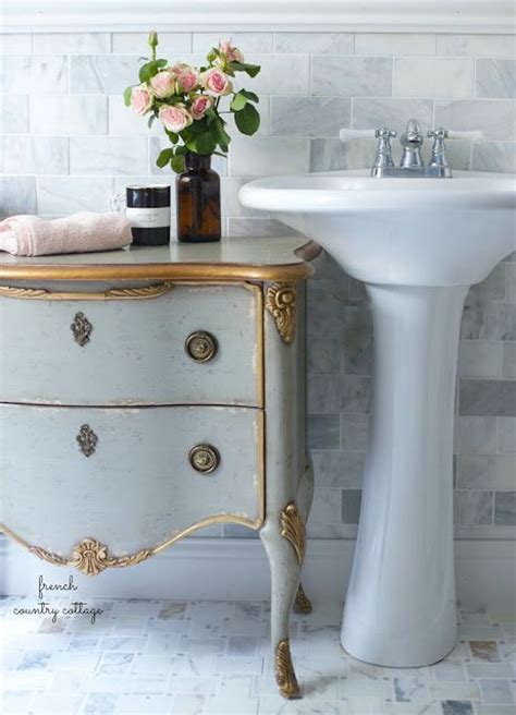 shabby chic master bathroom best 25 country cottage furniture ideas on pinterest
