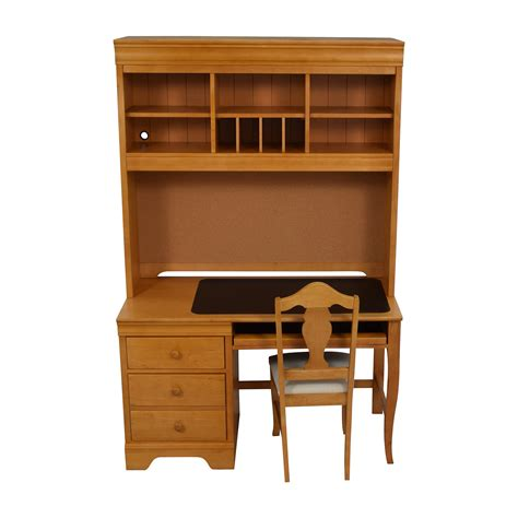 40 Off Stanley Furniture Stanley Furniture Custom Oak Desk With Chair