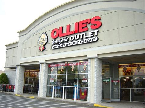 ollie s ollie s bargain outlet goes public total retail