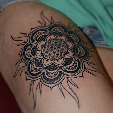 imagenes de mandalas para tatuajes mandala sol y flor tatuajes para mujeres