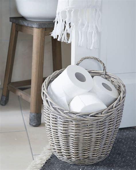badezimmer deko instagram toilettenpapier im korb dom badezimmer