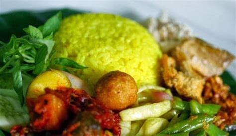 cara membuat nasi kuning dan bahan2nya resep dan cara membuat nasi kuning gurih dan lezat resep