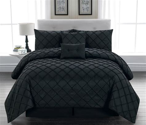 Black Comforter Set by Luxurious Black And White Comforters For Your Bedroom