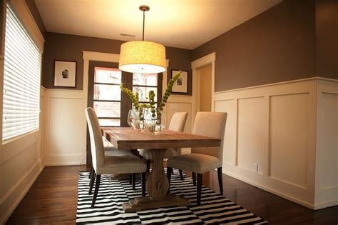 Brown Dining Room Walls by Best 25 Brown Dining Rooms Ideas On