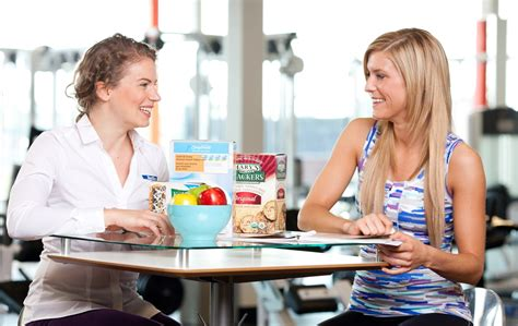 Consulting With A Registered Dietitian by Nutritionist Education And Career Information