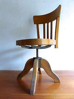 siege baumann 1000 ideas about chaise bureau design on