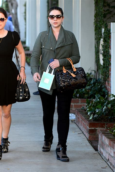 Casual Trachtenberg trachtenberg casual style leaves kate