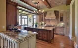 Kitchen West Glimpse Inside 11m Villa That And