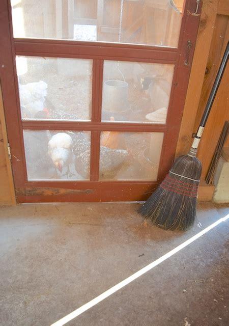 Chicken House Floor by Chicken Coop Flooring Hencam