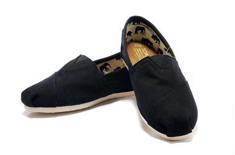 toms shoes outlet toms shoes company photograph toms shoes outlet 21 50