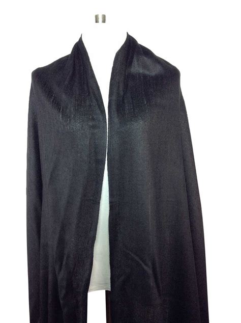 Pashmina Black a special deal on a beautiful black pashmina scarf buy direct thailand