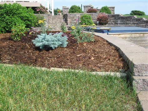 Landscape With Mulch Landscape Mulch