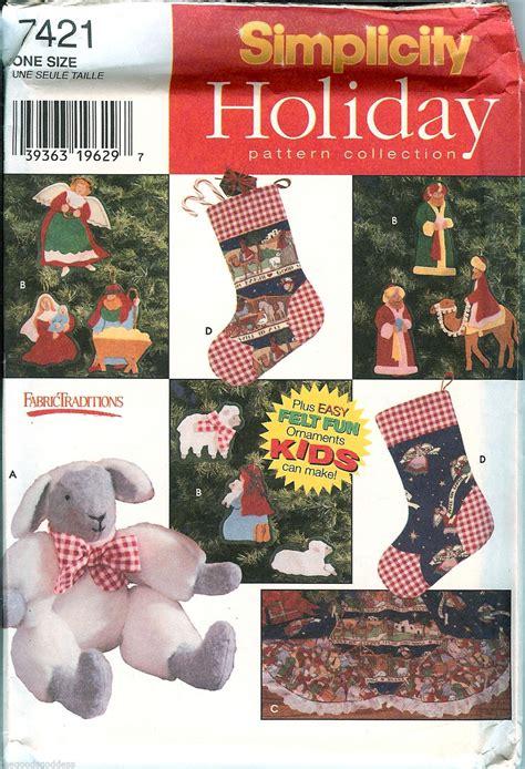 simplicity 7421 christmas tree skirt ornaments lamb sewing