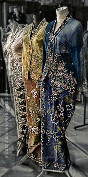 Paper Frame Model Baju 75 Best Images About Malaysian Batik On Clutch