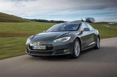 Range Tesla Tesla Chops 85kwh Model S From Range By Car Magazine
