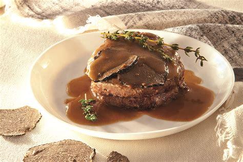 cucinare con il tartufo ricetta filetto di manzo con tartufo nero la cucina italiana