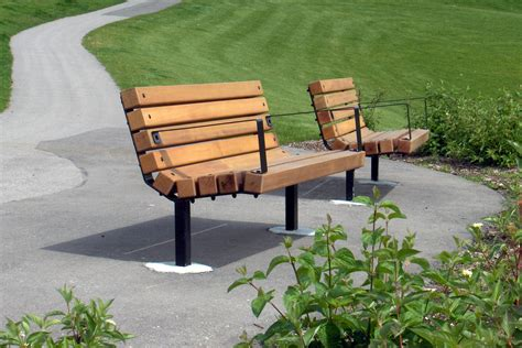 custom park benches series b benches custom park leisure