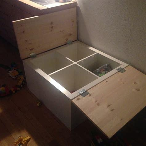 Ikea Tafel 4 Vakken by Speeltafel Opberg Tafel Met Groot Blad Om Op Te Spelen