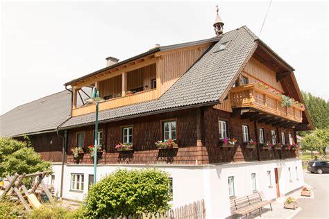 bauernhaus innenausbau dachgescho 223 ausbau bauernhaus st andr 228 holzbau mauterndorf