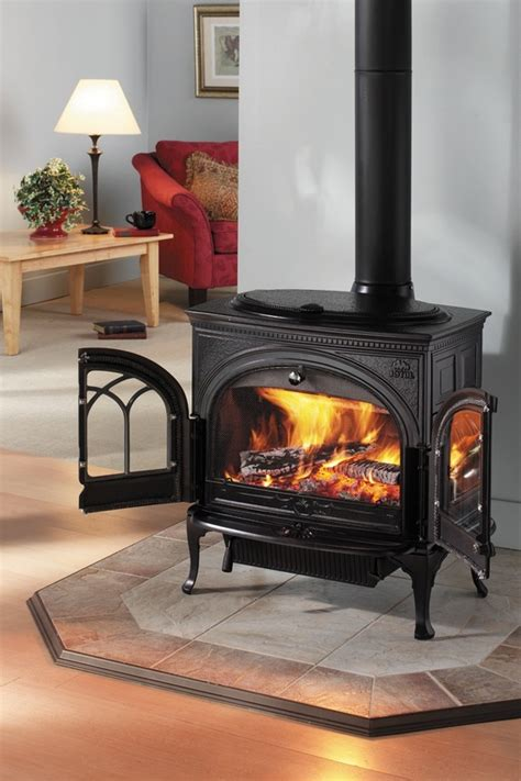 Free Standing Wood Fireplace by Free Standing Wood Stoves Country Fireplace
