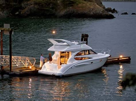 meridian boats research meridian yachts 341 sedan motor yacht boat on
