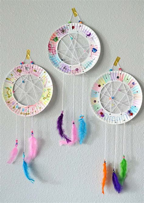 How To Make A Paper Dreamcatcher - 36 diy rainbow crafts that will make you smile all day