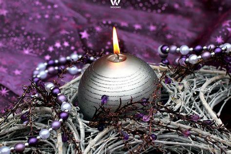 regal für kaminholz draußen schlafzimmer lila
