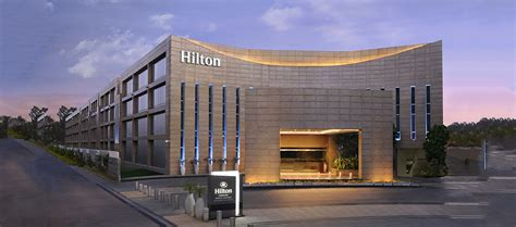 hton inn and suites hotel and resort locations