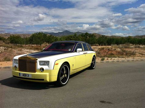 Interior Trim Colors Rolls Royce Owner Can T Figure Out What Color He Wants