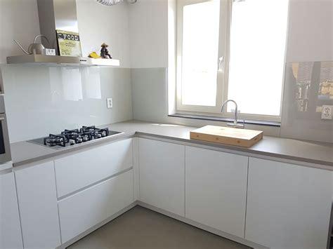 keuken kleur keukenwand glas op maat in sikkens kleur glasbestellen nl