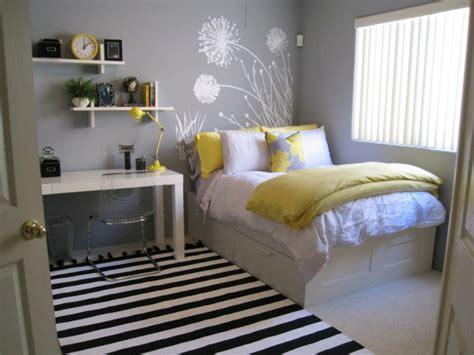 bedroom benches with storage ikea between sleepscom ideas la chambre ado fille 75 id 233 es de d 233 coration archzine fr