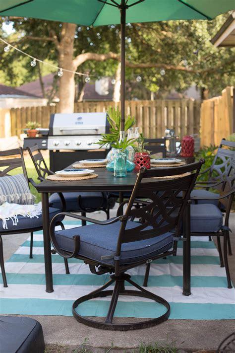 summer backyard party garden party patio decorating