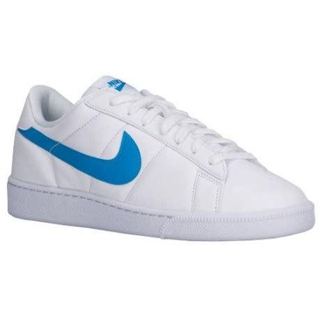 white tennis shoes nike nike tennis classic s
