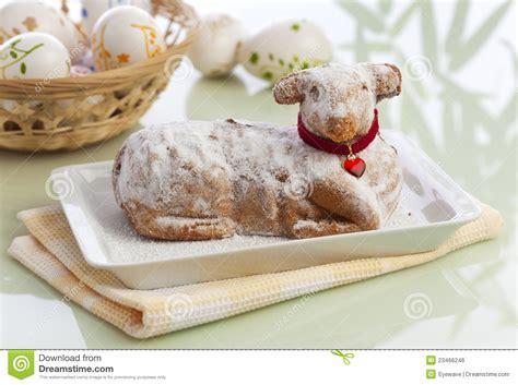 kuche ellern traditioneller ostern lamm kuchen stockfoto bild 23466246