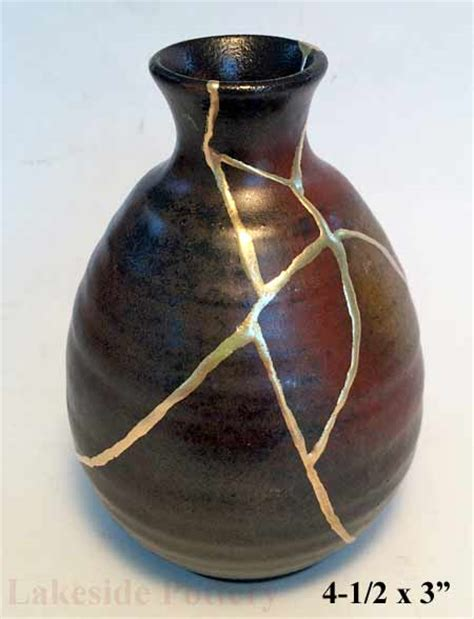 what is kintsugi how is it kintsukuroi made and where