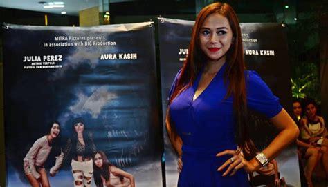 film baru aura kasih soal suami airin aura kasih siap dipanggil kpk seleb