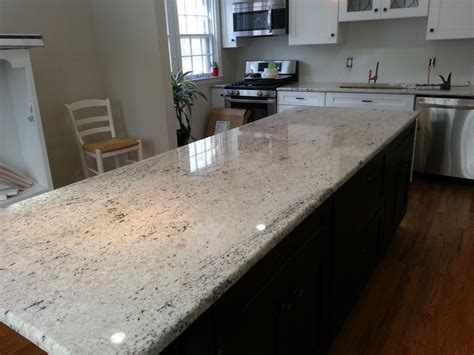 Colonial Granite With White Cabinets by Colonial White Granite On Cabinets Lvl 3 Pinteres