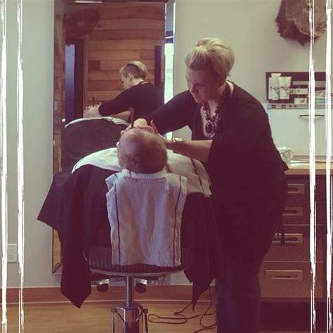 lady barber shaving stachebarbershop shave hotshave straightrazorshave