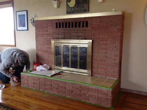 Diy Brick Fireplace Makeover by Diy Brick Fireplace Makeover Fireplace Designs